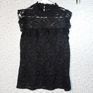Cable & gauge sleeveless lace ruffle blouse sz L